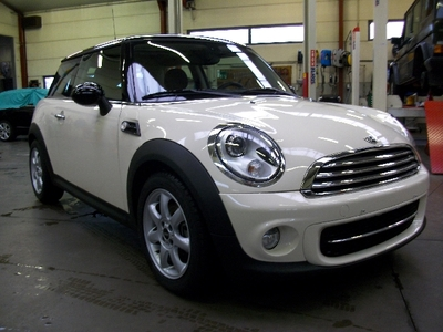 MINI D Hatch